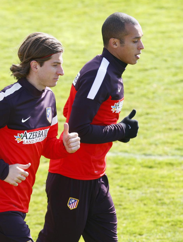 Temporada 12/13. Entrenamiento. Filipe y Miranda corriendo durante el  entrenamiento en la ciudad deportiva de Majadahonda