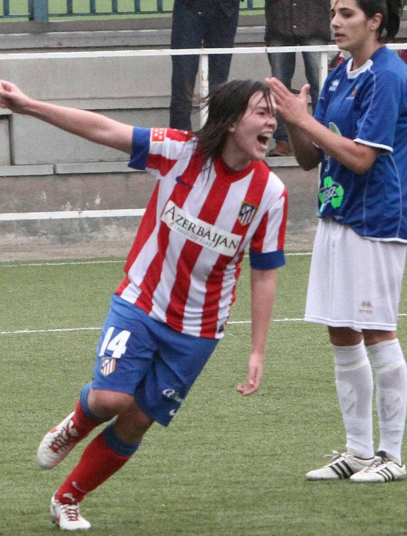 Temporada 2012-2013. Laura Ortiz celebra con rabia su segundo gol