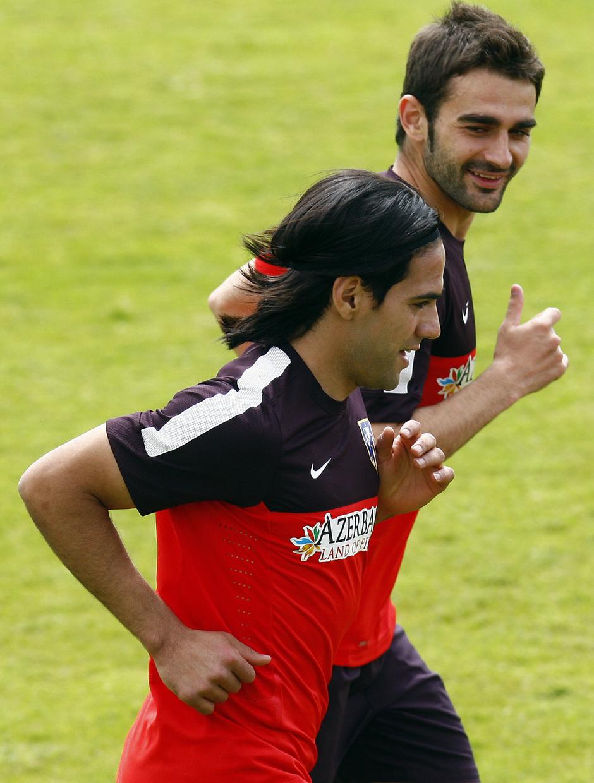 Falcao y Adrián realizan carrera continua en el entrenamiento del miércoles