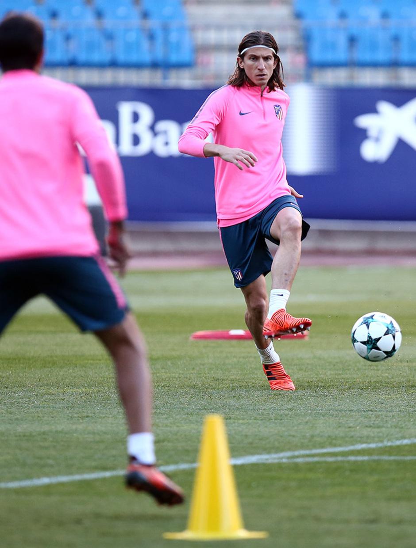Temporada 17/18. Entrenamiento en el estadio Vicente Calderón. Filipe durante el entrenamiento