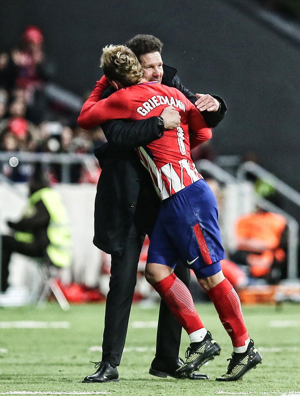 Temp. 2017-2018. Atlético de Madrid-Real Sociedad. Simeone y Griezmann