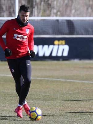 temporada 17/18. Entrenamiento en la ciudad deportiva Wanda. Vitolo durante el entrenamiento.