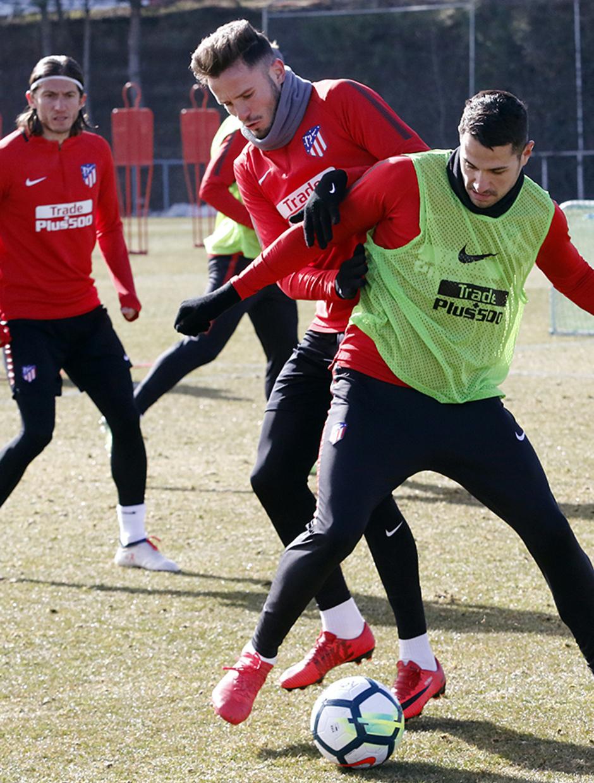 Temporada 17/18 | 09/02/2018 | Entrenamiento en la Ciudad Deportiva Wanda | Saúl y Vitolo