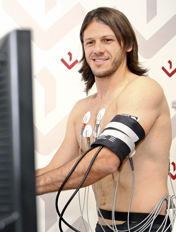 Temporada 2013/2014 Martín Demichelis en el reconocimiento médico
