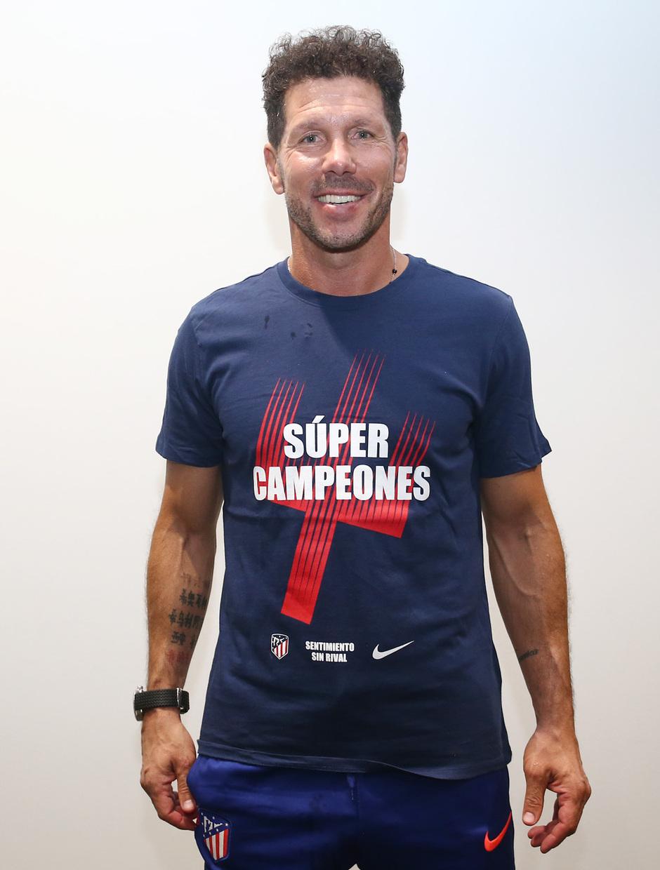 Temporada 2018-2019. Camiseta Súper Campeones. Simeone