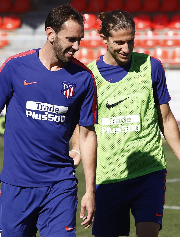 Temporada 18/19 | 01/10/2018 |  Entrenamiento en la Ciudad Deportiva Wanda | Filipe y Godín