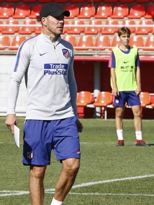 Temporada 18/19   01/10/2018    Entrenamiento en la Ciudad Deportiva Wanda   Simeone