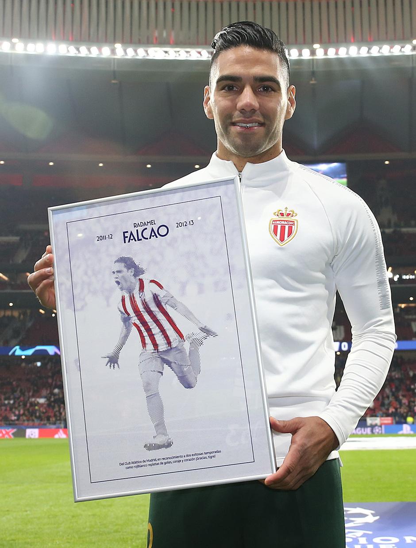 Temporada 18/19 | Atlético de Madrid - Mónaco | Homenaje a Falcao