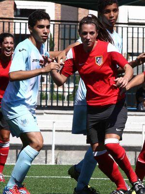 Temporada 2013-2014. Noelia en su debut con el Féminas