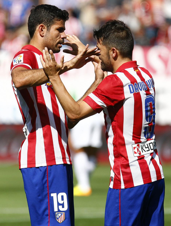 Temporada 2013/ 2014 Atlético de Madrid - Almería Diego Costa y David Villa abrazándose