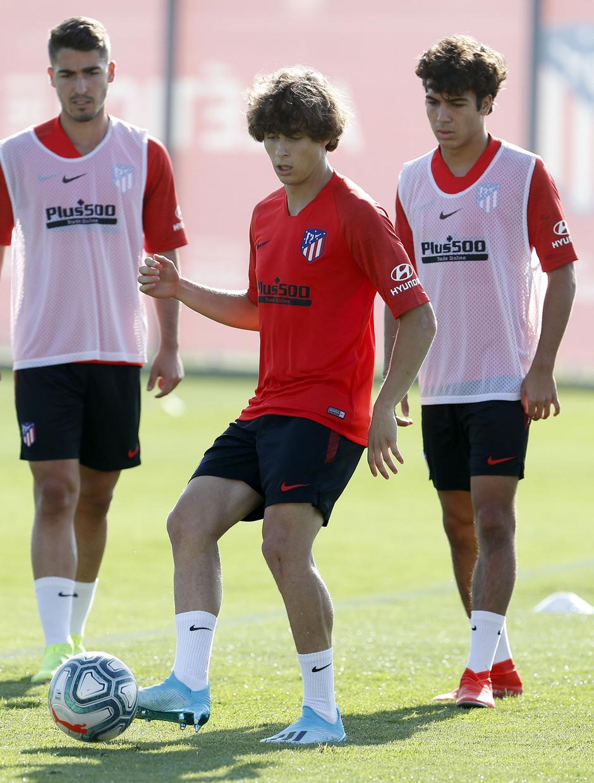 Entrenamiento en la Ciudad deportiva Wanda Atlético de Madrid 03-09-2019. Riquelme.