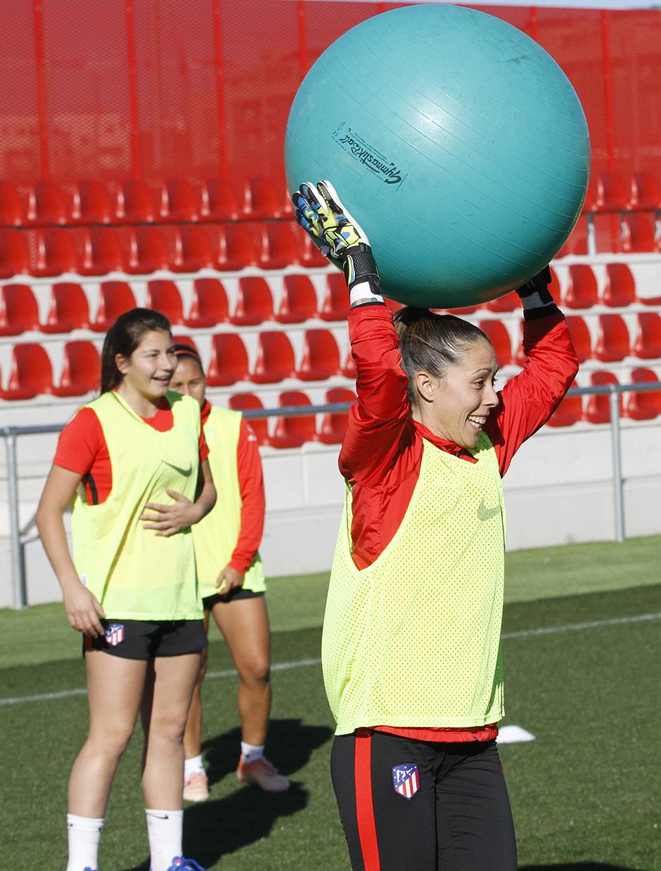 Temporada 19/20 | Entrenamiento del femenino en el Centro Deportivo Wanda Alcalá de Henares | Lola