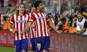 temporada 13/14. Partido Atlético de Madrid- Elche. Celebración Diego Costa. Apo Caballero