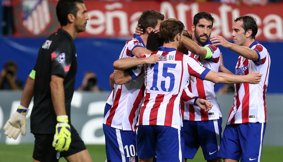 Temporada 14-15. Atlético-Juventus. Varios jugadores celebran el gol de Arda.
