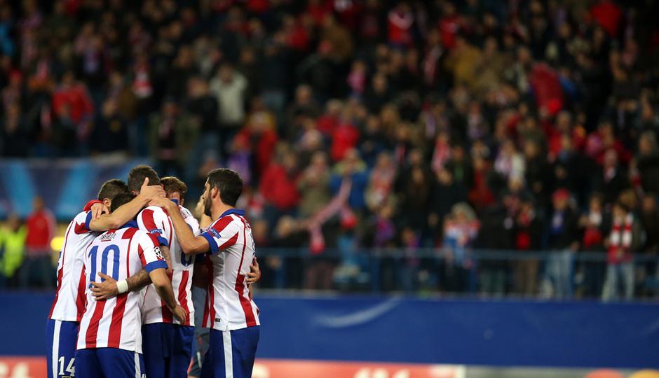 Temporada 14-15. Champions League. Atlético de Madrid-Olympiacos. El equipo celebró el gol de Mandzukic.
