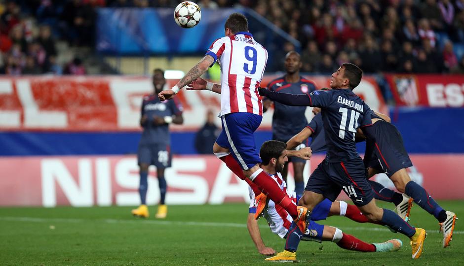 temporada 14/15. Partido Atlético de Madrid Olympiacos. Gol de Mandzukic