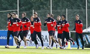 Temporada 12/13. Entrenamiento, jugadores titulares corriendo durante el entrenamiento en Majadahonda