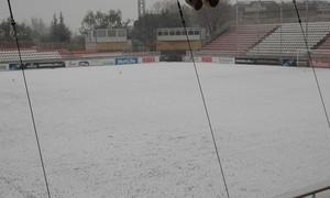 El campo 1 de Majadahonda amaneció nevado