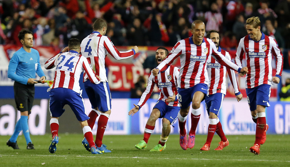 temporada 14/15. Partido Atlético Bayer de Champions. Jugadores celebrando el pase de ronda