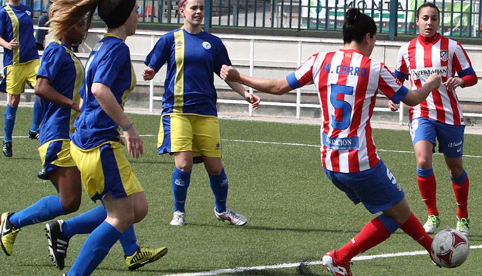 Temporada 2012-2013. Marta Carro remató un centro de Leti para poner el 1-0