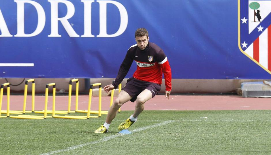 Gabi durante la sesión de entrenamiento del lunes 4 de marzo en el Calderón. Temporada 12/13