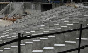 Detalle de las vigas portagradas en la zona baja de la tribuna principal del Nuevo Estadio