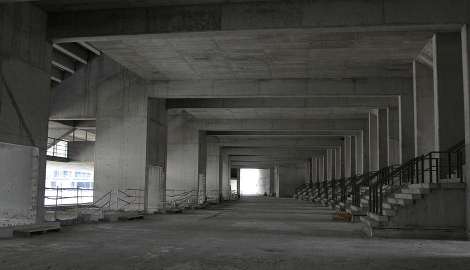Interior de la tribuna principal durante las obras del Nuevo Estadio