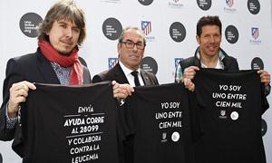 Simeone y Adelardo, en la presentación de la campaña contra la leucemia infantil
