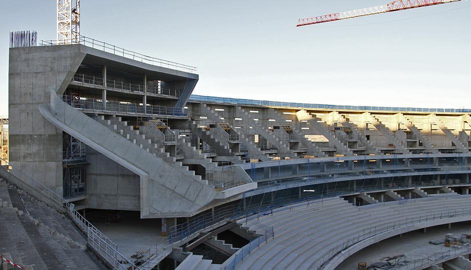 Nuevo estadio. Detalle del espacio para videomarcador norte, UCO y UCI