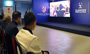'Olivo de la Paz'. Acto realizado en el estadio Vicente Calderón.