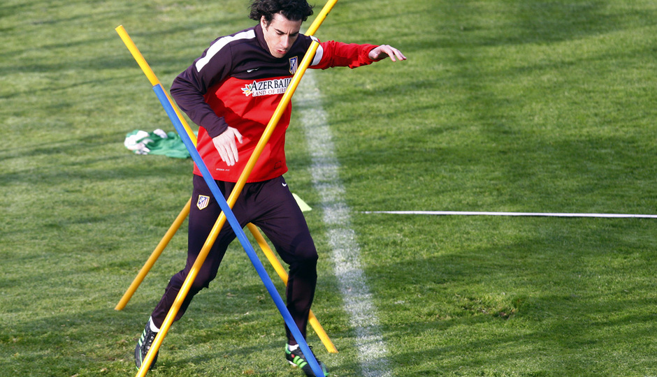 Tiago esquiva unas picas en un entrenamiento