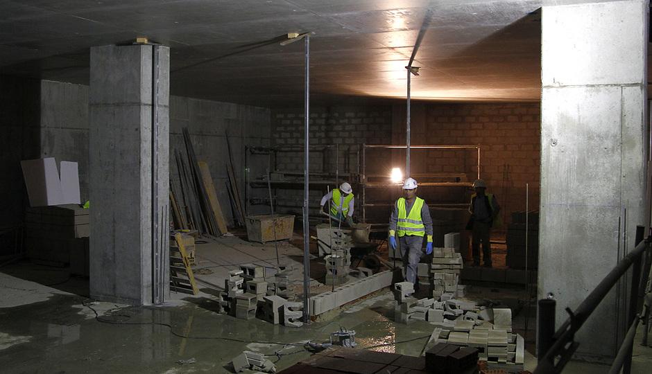 Nuevo estadio. Comienzo de los trabajos de albañilería en zona de vestuarios de los equipos