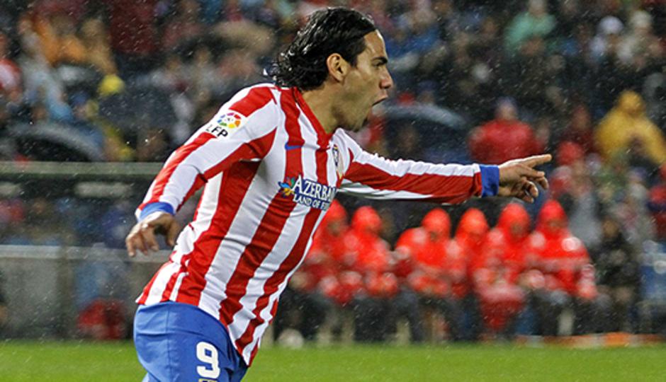 Falcao celebra el gol del empate ante el Valencia