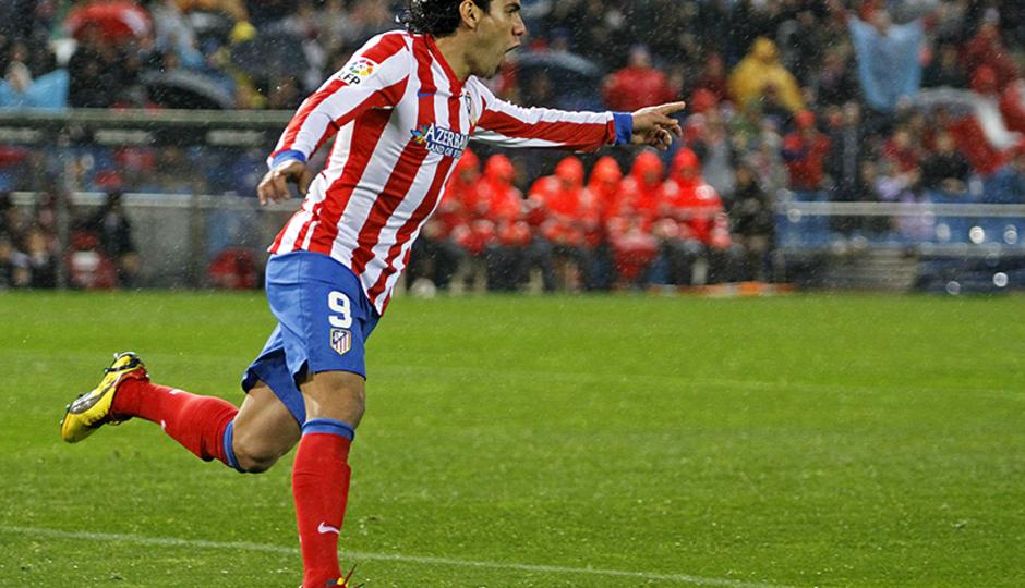 Temporada 12/13. Partido Atlético de Madrid Valencia. Celebración del gol de Falcao