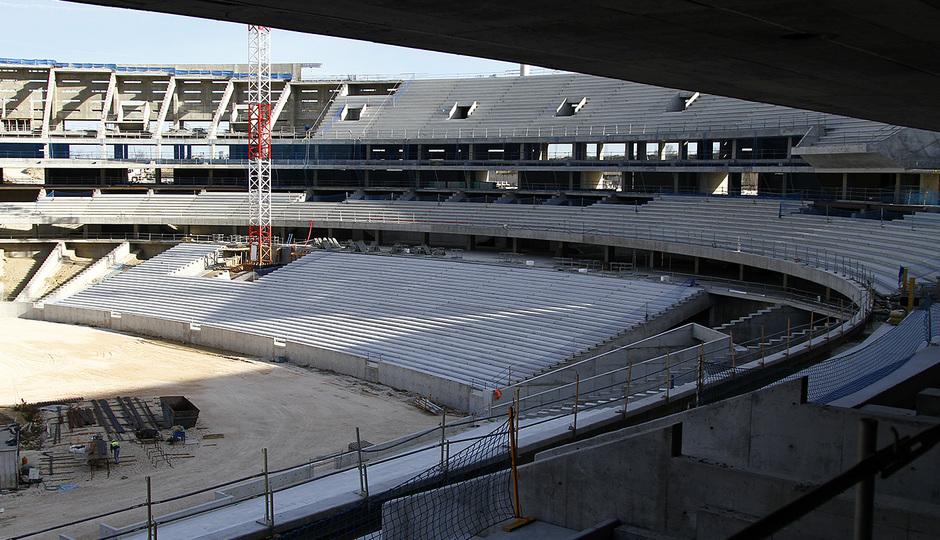 Nuevo estadio. Vista general del graderío sur