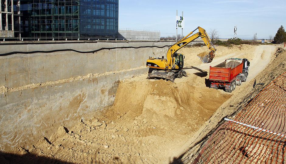 Nuevo estadio. Construcción del túnel de acceso para afición visitante