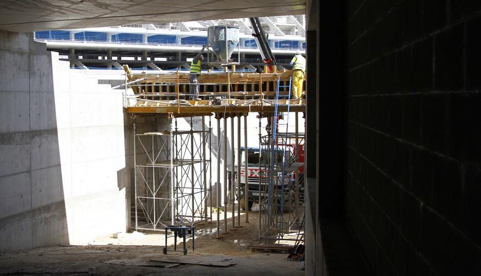 Nuevo estadio. Trabajos de finalización del túnel noroeste de acceso al terreno de juego
