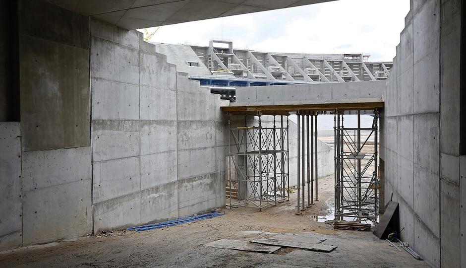 Nuevo estadio. Bocana de acceso al terreno de juego por el córner noroeste