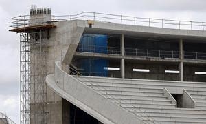 Nuevo estadio. Apoyo para cubierta en el fondo norte