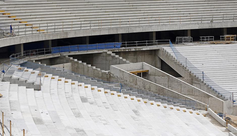 Nuevo estadio. Vista de la grada en el córner noroeste