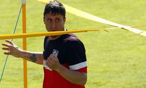 Temporada 12/13. Entrenamiento.Cristian Rodríguez realizando ejercicios físicos en la ciudad deportiva de Majadahonda