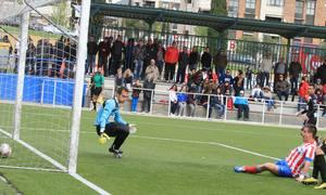 Aquino marca el empate a uno ante el Alcobendas en la Ciudad Deportiva