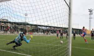 Aquino anota de penalti el gol del triunfo (2-1) ante el Alcobendas