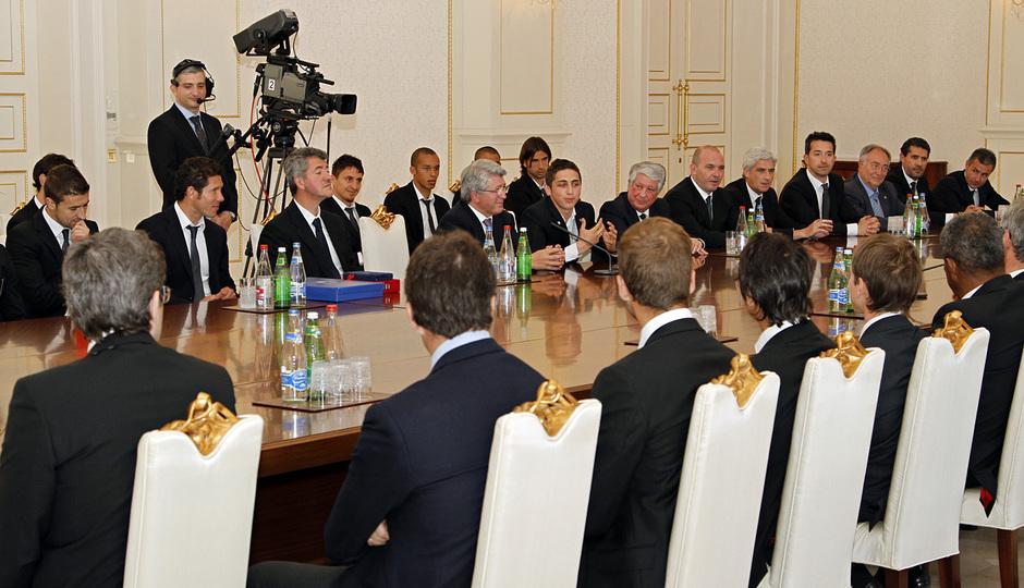 Imagen de la recepción presidencial en Bakú (Azerbaijan)