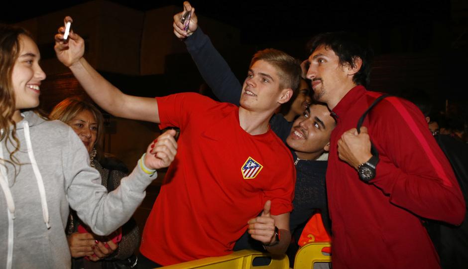 Temp. 2016/2017. Llegada equipo Canarias. Partido Copa del Rey. Savic