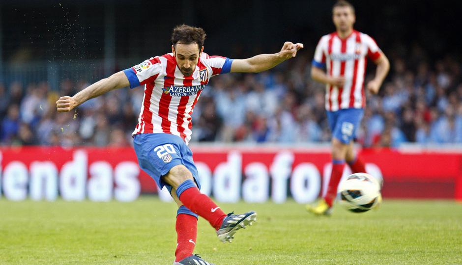 Temporada 12/13. RC Celta de Vigo vs. Atlético de Madrid Juanfran