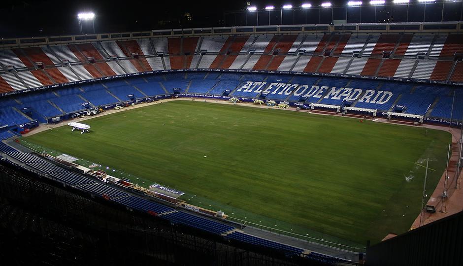 Temporada 2016-2017. Cambio de césped en el Vicente Calderón