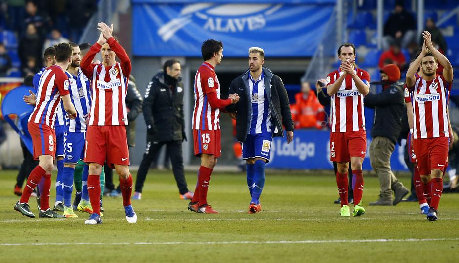 Temp. 16/17 | Alavés - Atlético de Madrid | Jugadores afición