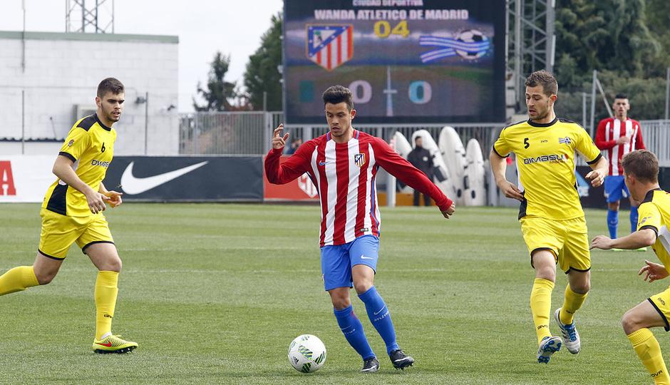 Temp. 16/17 | Atlético de Madrid B - Villanueva del Pardillo | Juan Moreno