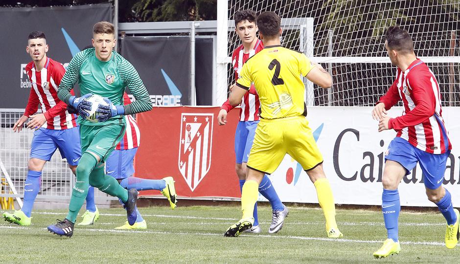 Temp. 16/17 | Atlético de Madrid B - Villanueva del Pardillo | Carlos Marín
